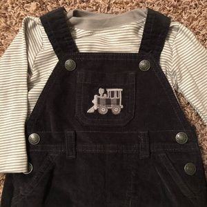 Adorable matching shirt and overall outfit